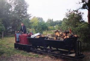 Feldbahn als Transportmittel für Holz